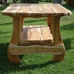 стол из светлой древесины своими руками