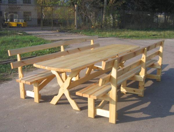 фото стола и скамей своими руками