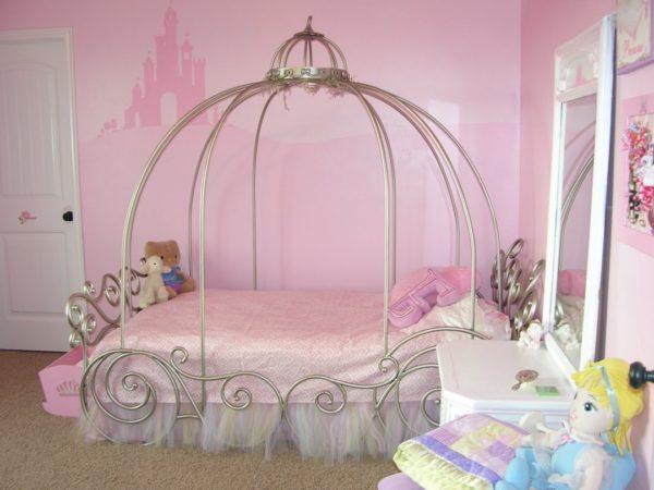 каркас кровати-кареты