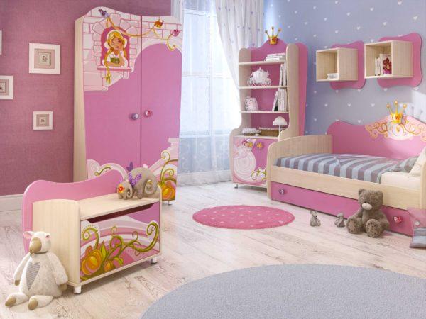 детская комната с постелью для девочки