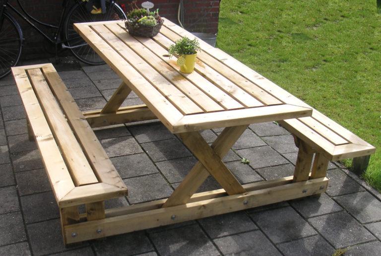 Как сделать скамейки и стол из дерева 986