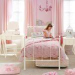 кровать для школьницы