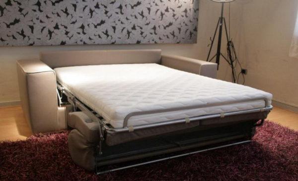 раскладной диван-кровать с ортопедическим матрасом