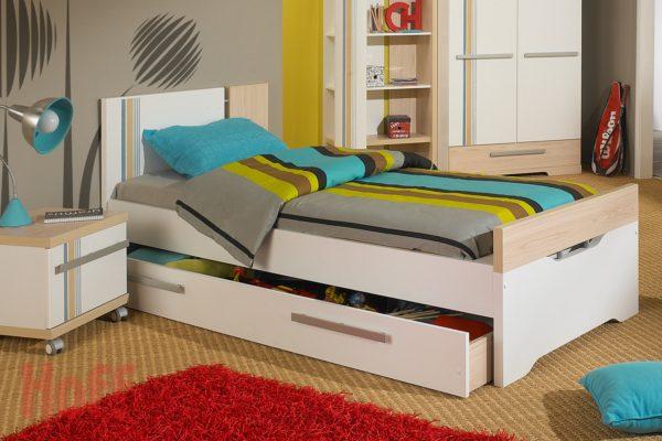 фото полосатой кровати для подростка