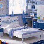 голубая постель