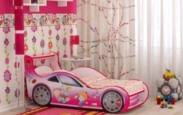 розовая машинка