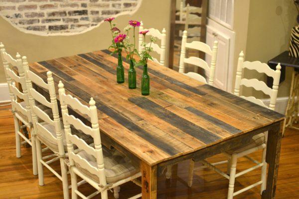 фото стола из разных сортов древесины