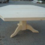 шестиугольный стол