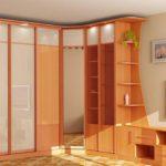 угловой шкаф оранжевый
