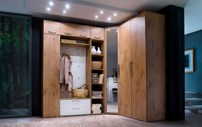 Угловой шкаф для прихожей - преимущества и оригинальные моде.