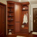 деревянный шкаф-купе