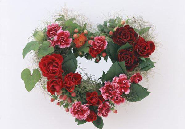 Декор свежими цветами