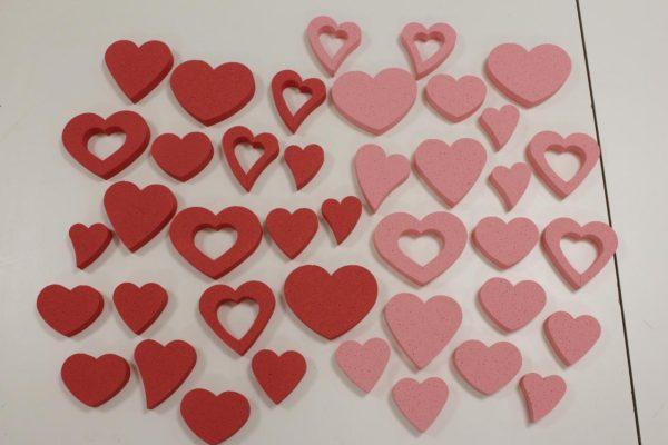 Панно из сердечек
