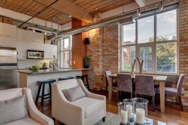 интерьер потолка на кухне в стиле лофт