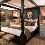 комкатная кровать с балдахилом