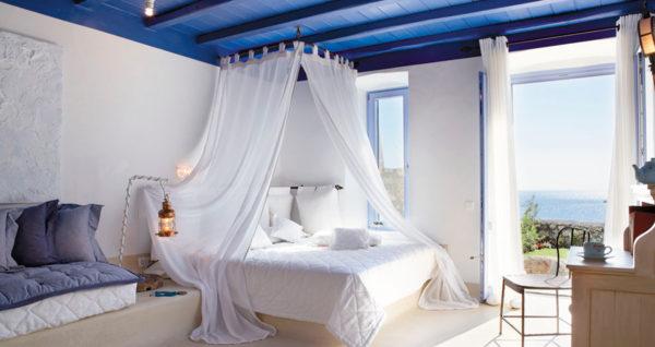 небольшой балдахил в спальне