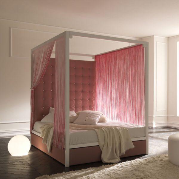 универсальная кровать с балдахилом