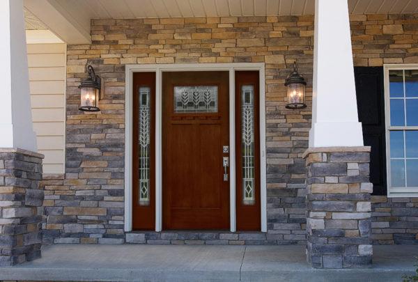 виды входных дверей для загородного дома