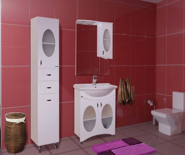 зеркало шкафчик в ванной комнате