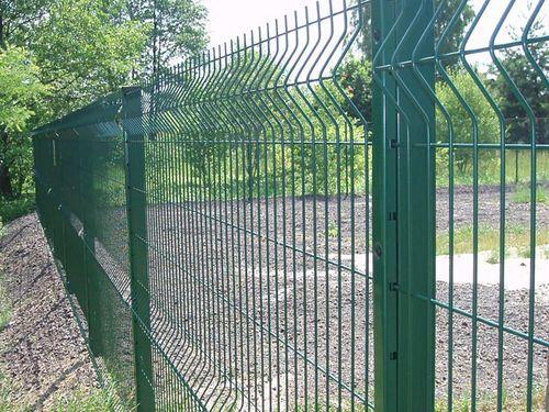 Выбираем панельный забор